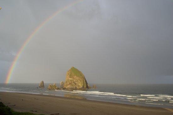 Hallmark Resort Cannon Beach: Rainbow