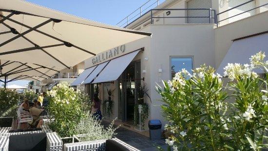 Bar galliano viareggio ristorante recensioni numero di - Bagno teresa viareggio ...