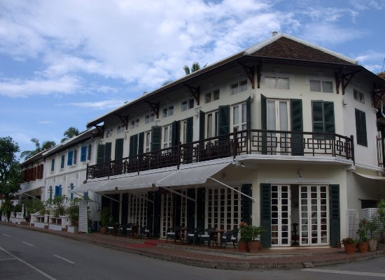 The BelleRive Boutique Hotel: Front view of the hotel
