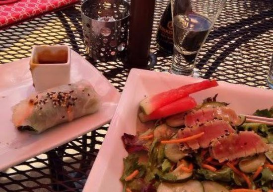 Sesame Asian Kitchen: Shrimp spring roll and the seared Ahi salad. Both were delicious!
