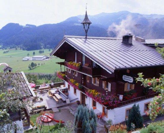 Reith bei Kitzbuehel, Østerrike: Berggasthaus Hennleiten