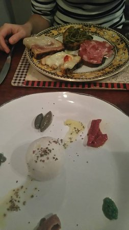 Terra Madre Café: starters, arrived from napoli previous day
