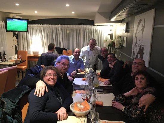 Prevessin Moens, Frankrike: Nos amis les Siciliens j'espère à très bientôt😀