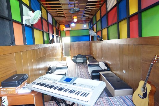 Hotel Grand S'kuntum: fasilaitas ruang karaoke