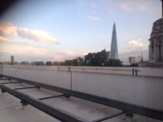 Grange City Hotel : the view from wooden chest