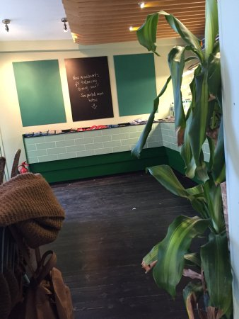 Hula Juice Bar and Gallery: photo0.jpg
