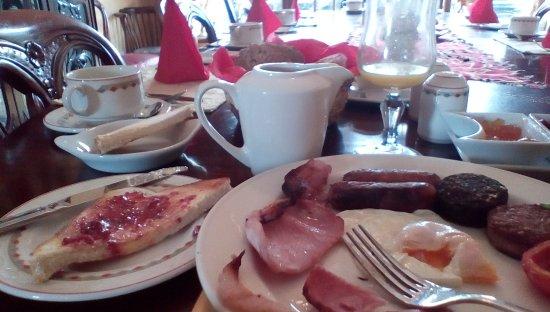 Highfield House: Irish breakfast