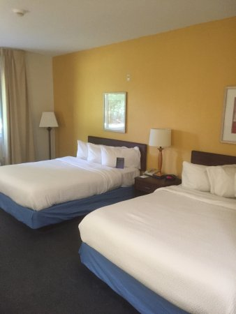 Fairfield Inn Syracuse Clay: Comfy beds in this Dbl Queen room