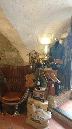 Bedoin, France : La Boutique