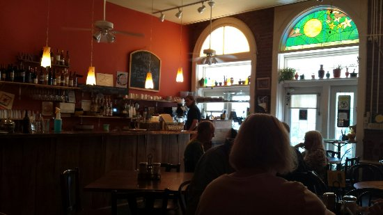 Cobden, IL: Yellow Moon Cafe