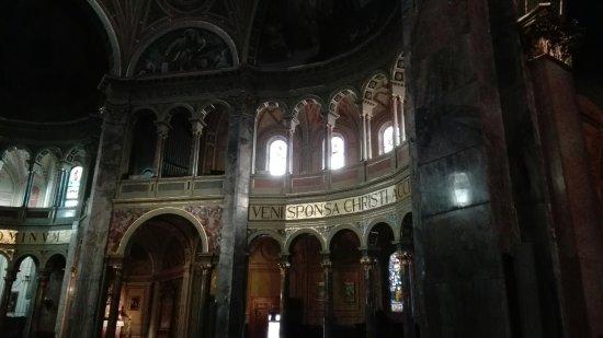 Basilica di S. Antonio Abate e S. Francesca Cabrini