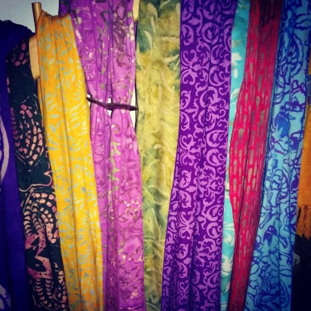Chester, VT: Colorful Scarves