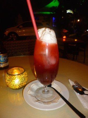 Cafe Yummy: Tropical Blast