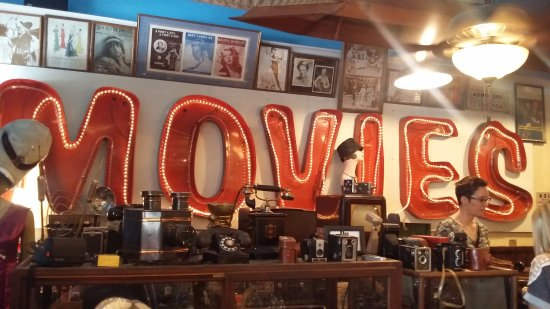 D and J's Good Ole Days Antiques and Oddities: I can just picture it!
