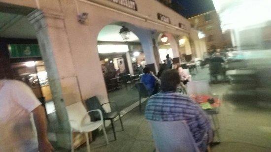 Port-de-Bouc, France : Le Saloon