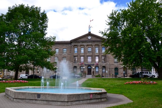 Brockville Court House