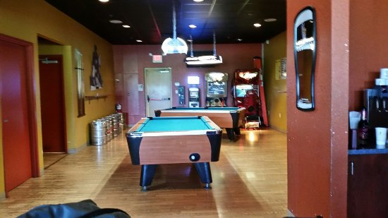 Rock-A-Fella's Sports Grille: Game room