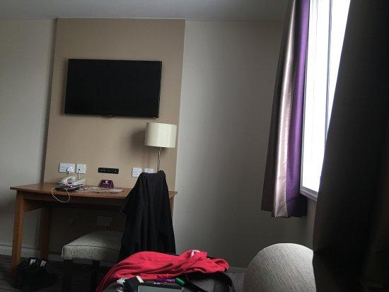 Premier Inn Southampton West Quay Hotel: photo1.jpg