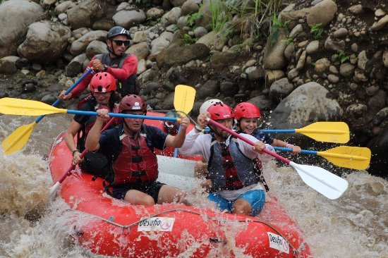 Desafio Adventure Company - Day Tours: Wow , what a family adventure.