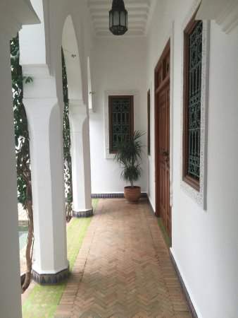 Riad Bouganvilliers: Lovely Riad, very happy we decided to stay here. Very friendly staff & lovely clean hotel. Locat