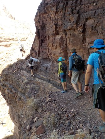 Deer Creek Trail: Ledge on Hike with 80 foot drop below