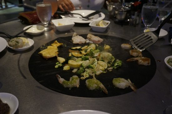 Restaurant Where You Cook Your Own Food On Table