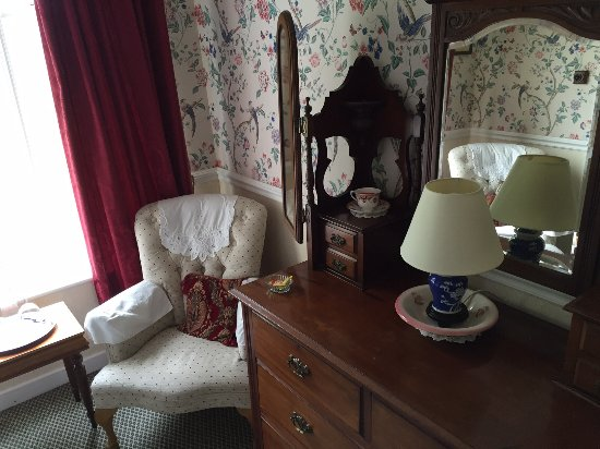 Mallmore Country House: Room is full of charm and detail