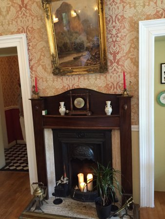 Mallmore Country House: Dining room is very pleasant