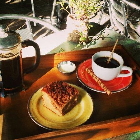 Cafe Vino Tinto