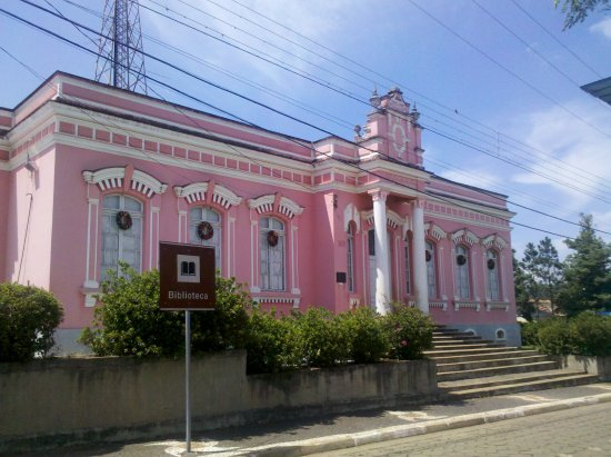 Historiador Luiz Leopoldo Mercer Municipal Public Library