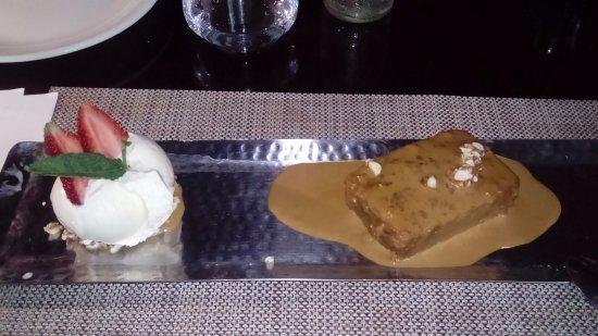 Sonoma Bistro : Pudín de pan con helado