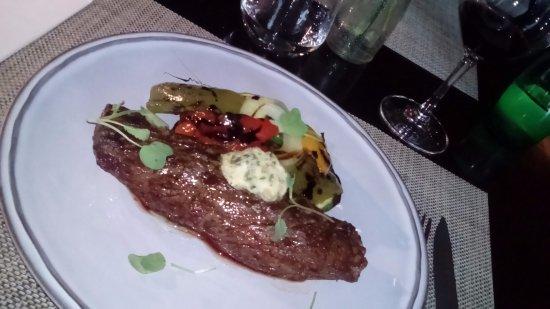 Sonoma Bistro : Filete de res al chef converduras a la plancha, buenisimo!
