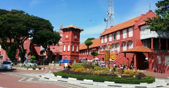 Paket Tour Malaka Johor Kuala Lumpur