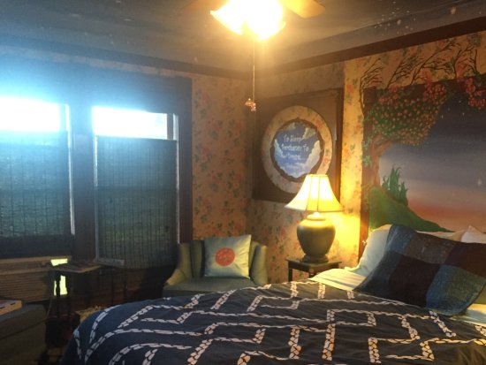 MaMere's Bed and Breakfast Resmi