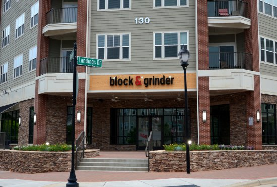Block and Grinder - Langtree