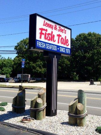 Lenny & Joe's Fish Tale: Lenny & Joe's, Westbrook