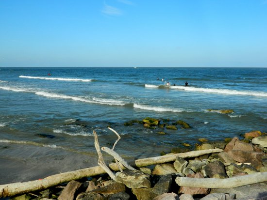 Surfside Jetty Park: The waves :)