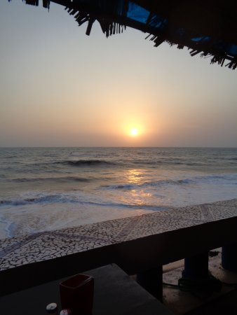 Anjuna Beach: Sunset Patio