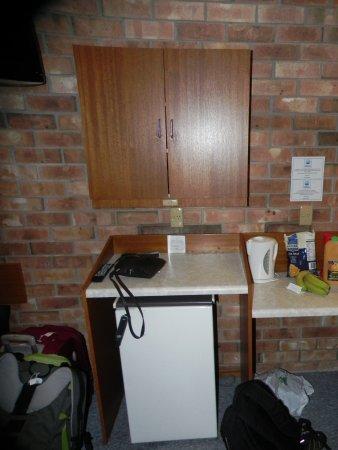 Kingscote, Australië: Nice to have a fridge, but where's the micro?