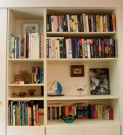 Gearhart, Орегон: PT 436 well stocked with books games and puzzles