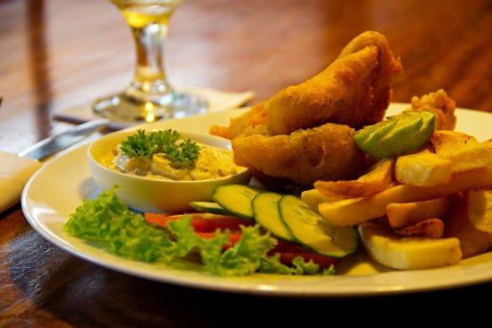 Fortaleza: Beer battered fish and chips