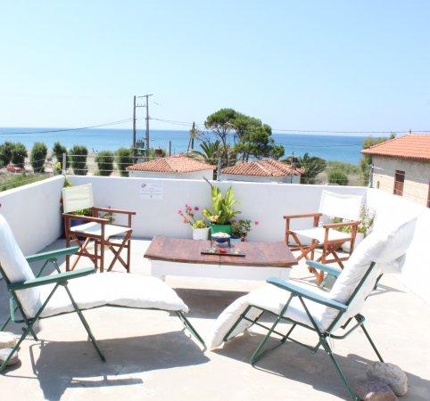 Aumkara Apartments: Roof Terrace Views