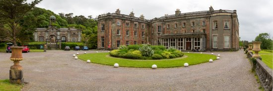 Bantry House B&B: Arrival view of Bantry House
