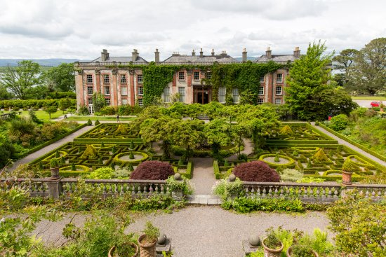Bantry House B&B: The formal gardens