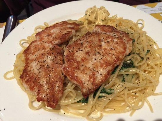 Spaghetti Factory Bern Tennessee Tender Chicken Fillet With Aglio Oilio