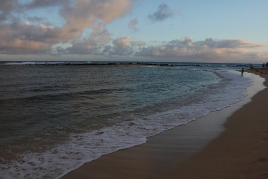 Poipu Beach Park: Sunset