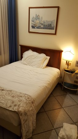 Hotel Goldoni : Queen room I moved to