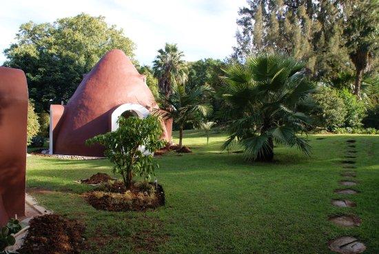 Greater Addo, Republika Południowej Afryki: de Aarden huisjes gelegen in een mooie tuin