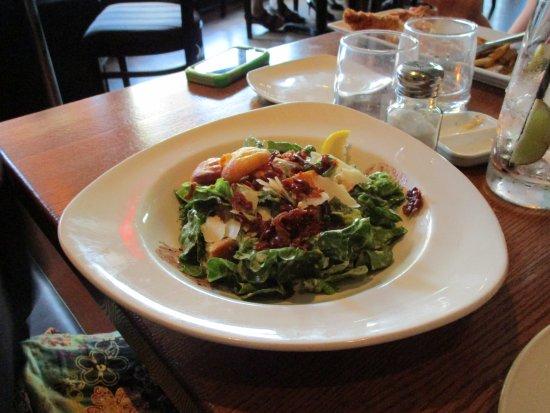 Big Easy's Seafood and Steakhouse: caesar salad