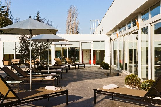 PULLMAN TOULOUSE AIRPORT TERRASSE